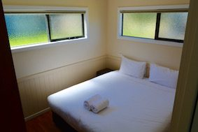 Deluxe Cabins 2 Bedroom Bimbipark Double Bed